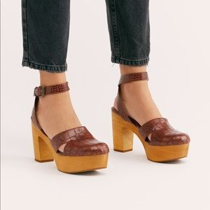 Free People Leather Vegan Clog By Matisse 9 NEW